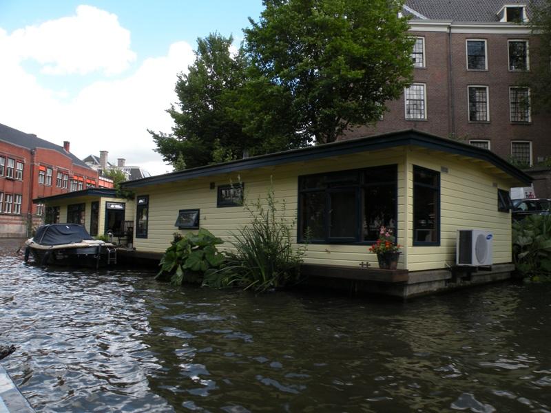 Amsterdam canal tour for Case galleggianti amsterdam
